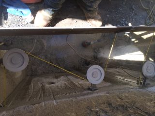 http://www.concretesurgeons.com/wp-content/uploads/2016/04/wire-sawing-320x240.jpg